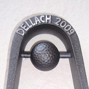 Golfpräsent-Skulptur mit Golfball