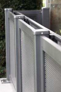 Geländer im Lochblechdesign_Detail