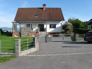 Zaun-Tor-Überdachung-Geländer